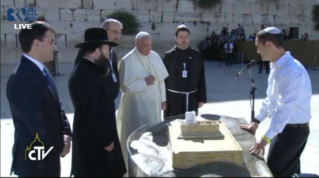 Papa sa Jevrejima kod Zapadnog zida